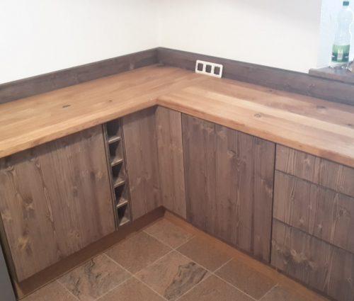 Küchenanfertigung/Einbau